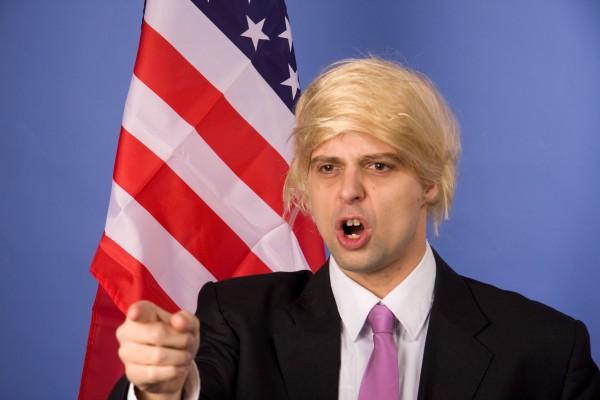 Perücke Trump, blond