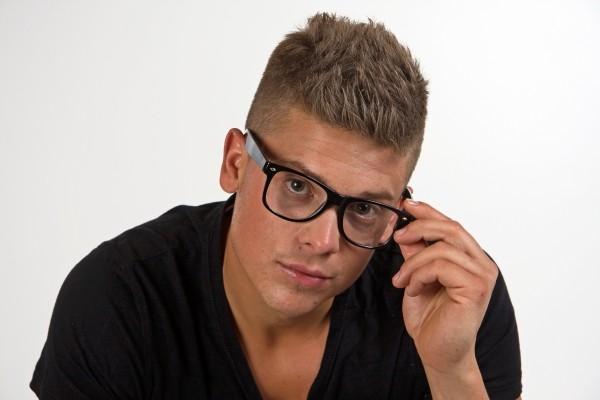 Brille schwarz mit Gläsern