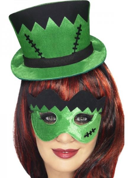 Hut und Maske grün und schwarz